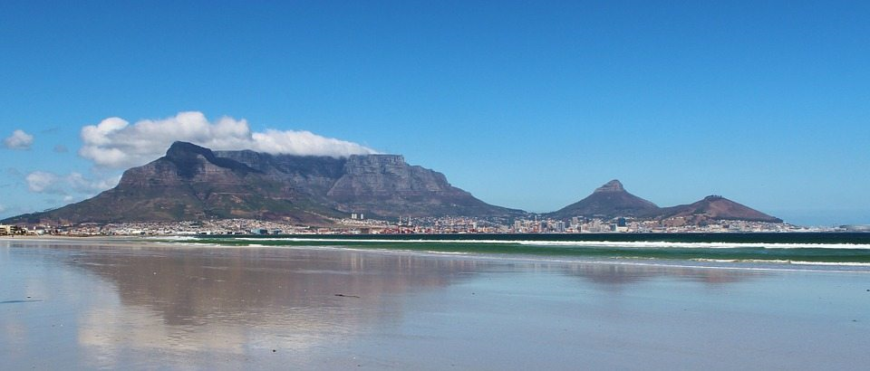 10 Hiking Essentials – Table Mountain